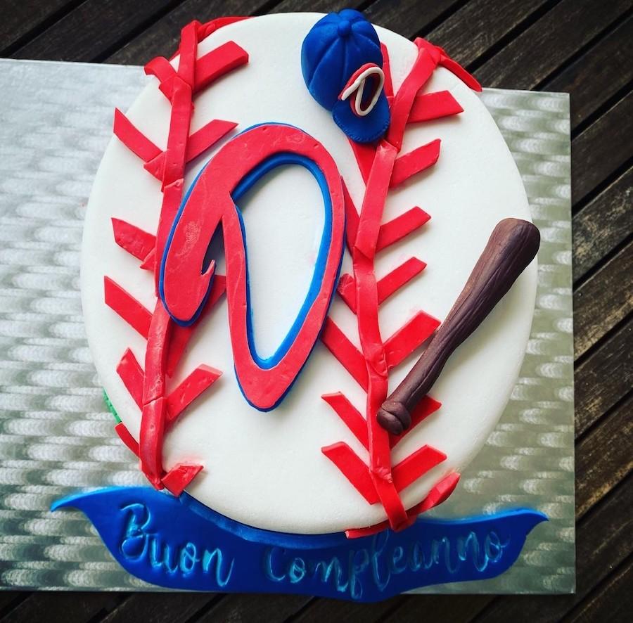 Cake design torta di compleanno tema baseball