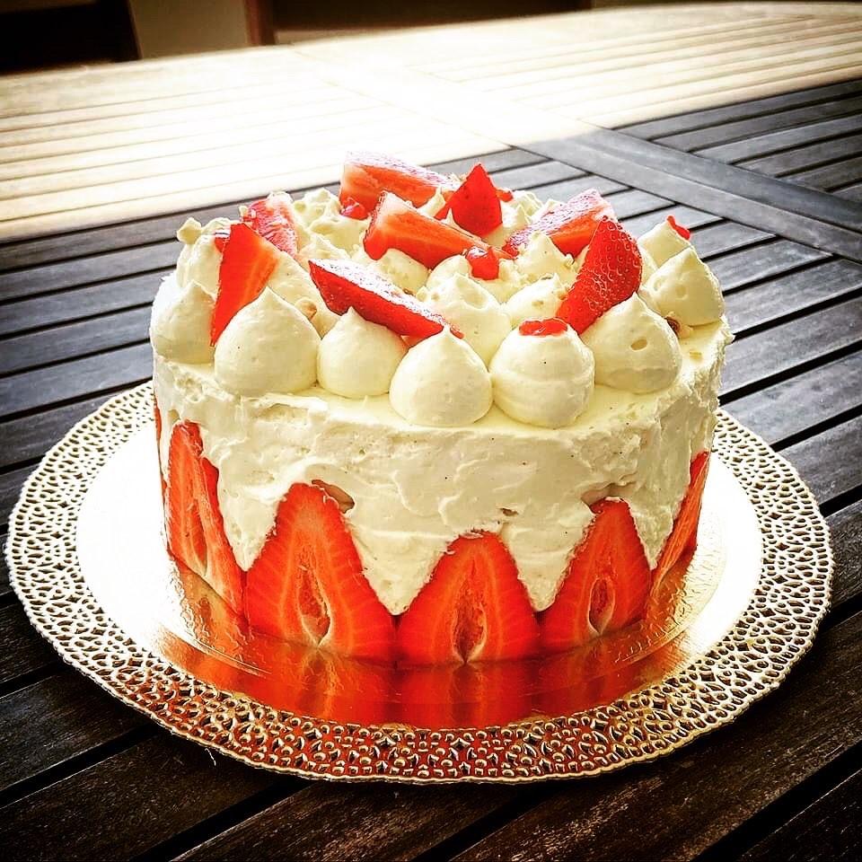 Torta Fraisier mascarpone e fragole